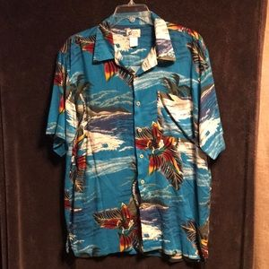 Vintage Waikiki wear shirt sleeve beach shirt men
